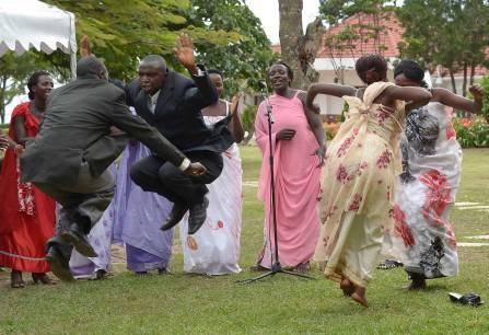 dance-okwevuga-kikiga-style